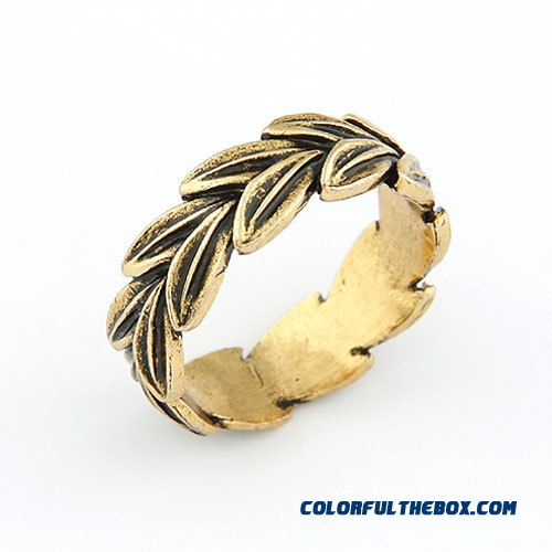 Our Small Fashion Jewelry Bohemia Classical Leaves Personality Ring F109