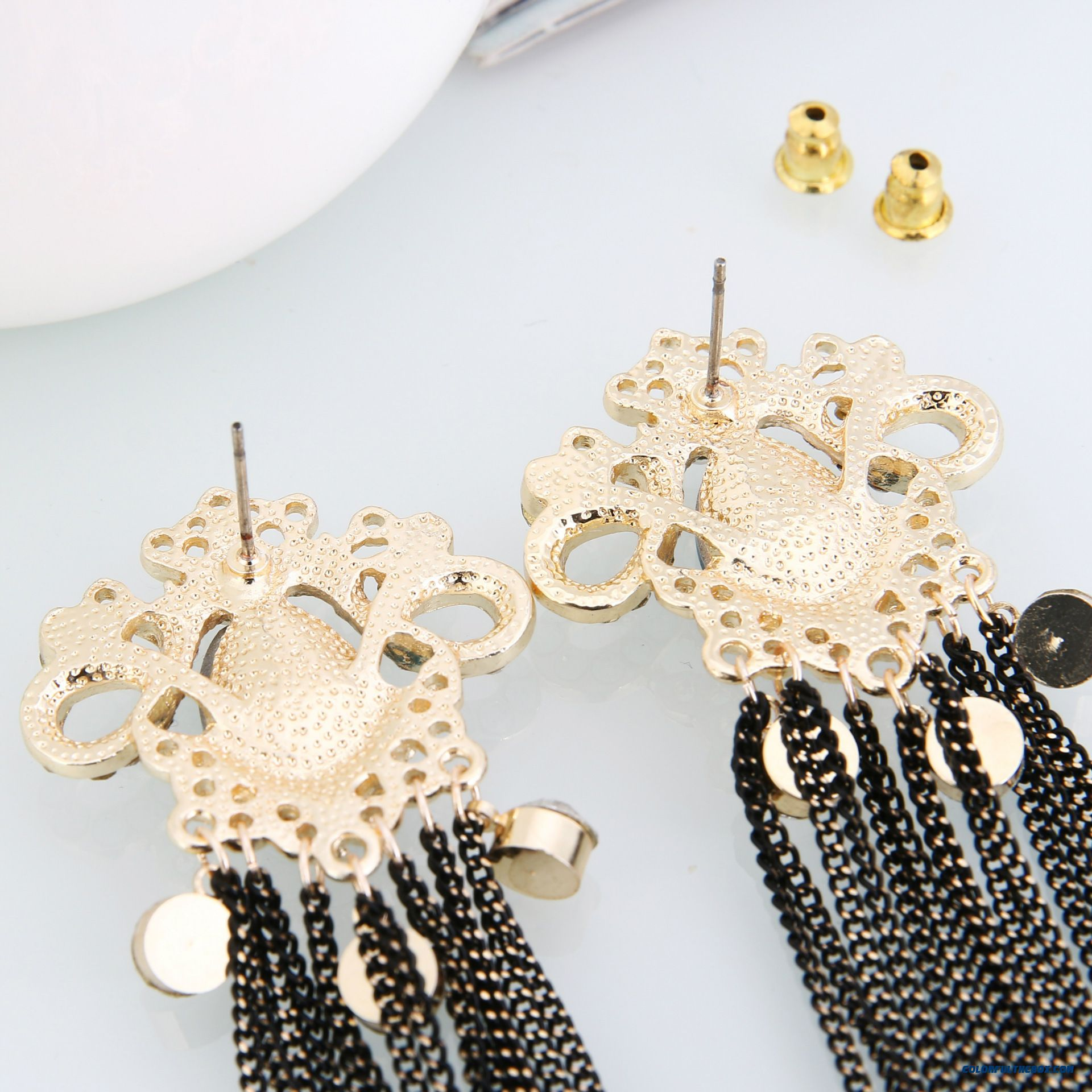 Europe And America Exaggerated Crown Chain Tassel Stud Earrings Hypoallergenic Earrings Women Jewelry - detail images