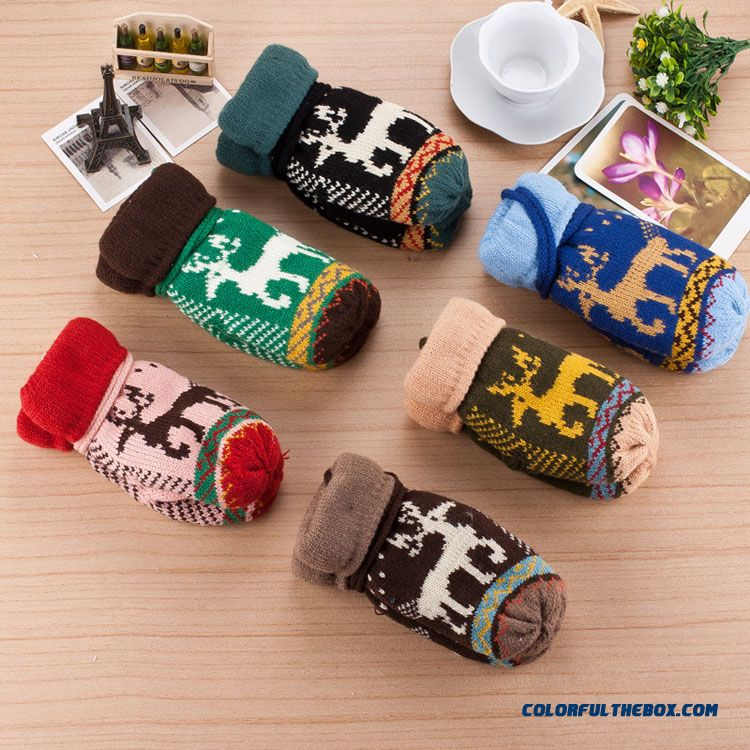 Free Shipping Knitted Wool Child Kids Boys And Girls Outdoor Warm Velvet Deer Full Finger Gloves Accessories - detail images