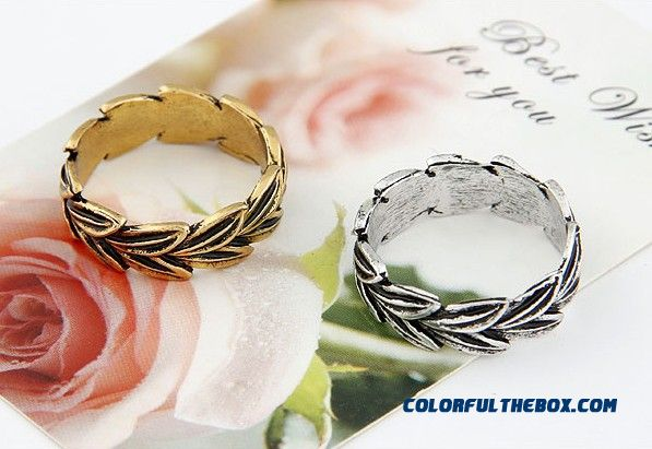 Our Small Fashion Jewelry Bohemia Classical Leaves Personality Ring F109 - detail images