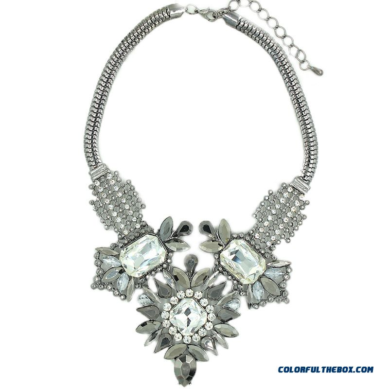 Spring Design For Women Retro Glass Necklace Alloy Jewelry - detail images