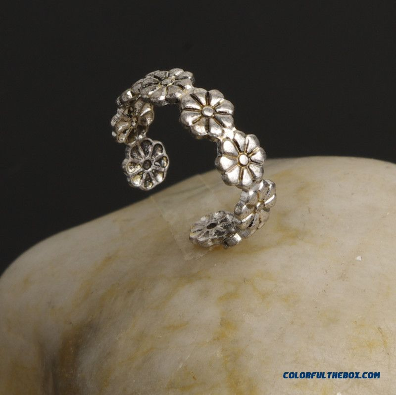 Summer All-match Little Daisy Flower Joint Ring Good Luck Foot Ring Jewelry For Women - detail images