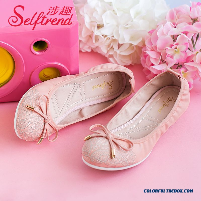 Autumn New Sweet Bow-tie Decorative Embroidered Round-toe Flat Shoes Soft Bottom Women