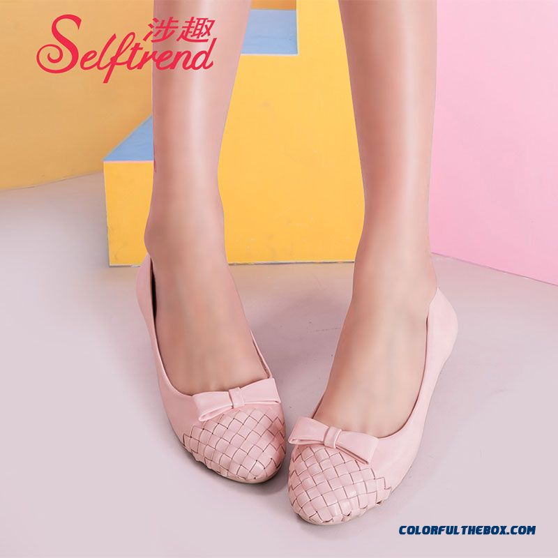 Autumn New Women Sweet Bow-tie Round Flat Shoes Soft Bottom