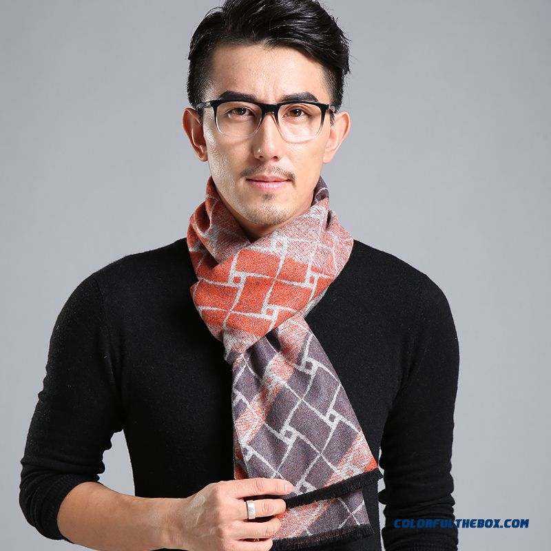 China Supplier Custom Europe Style Warm Brushed Thick Tassel Scarf For Men