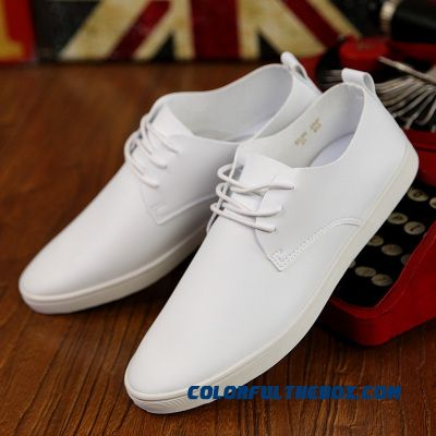 Discount New Men Shoes Classical Black White Flat Men Casual Shoes Fashion Breathable Pure White Leather Shoes