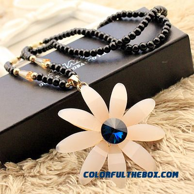 European And American Retro Fashion Exaggerated Women Jewelry Sunflowers Necklace