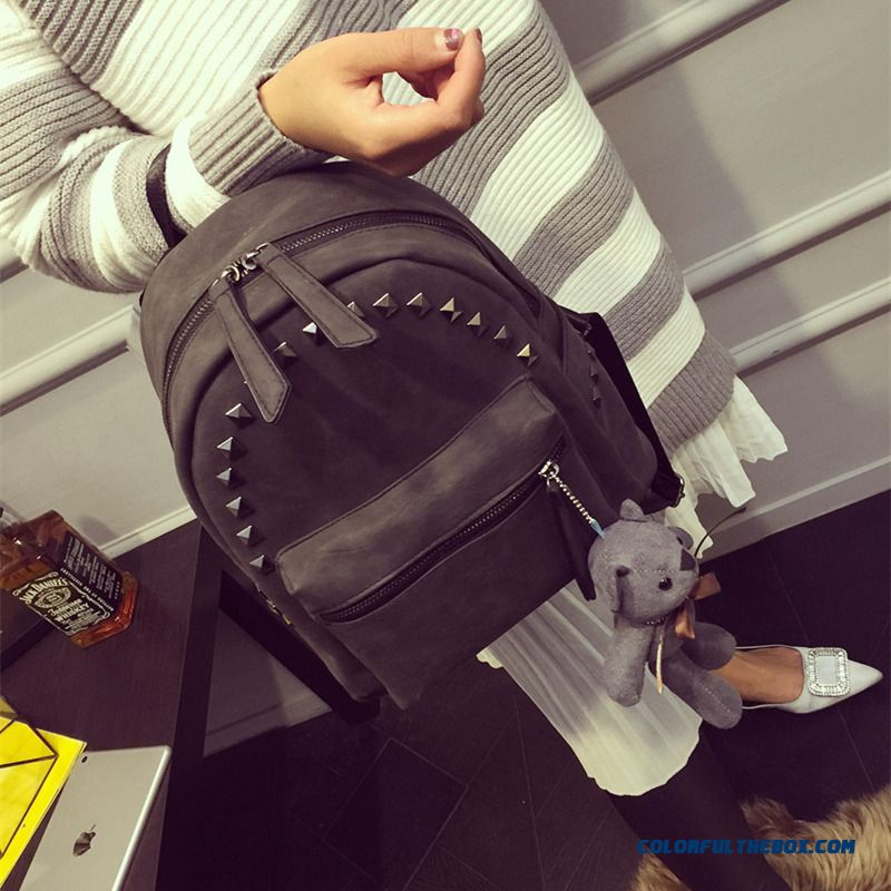 Fashion Rivet Matte Street Women Bag Casual Backpack Retro Schoolbags With Rivet