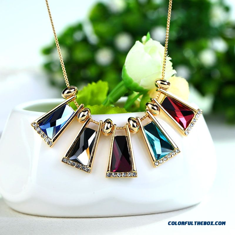 High-grade Crystal Pendant Long Section Geometric Shape Fine Jewelry For Women