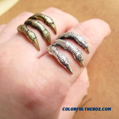 Jewelry Wholesale Retro Personality Punk Texture Trachypenaeus Ring For Women