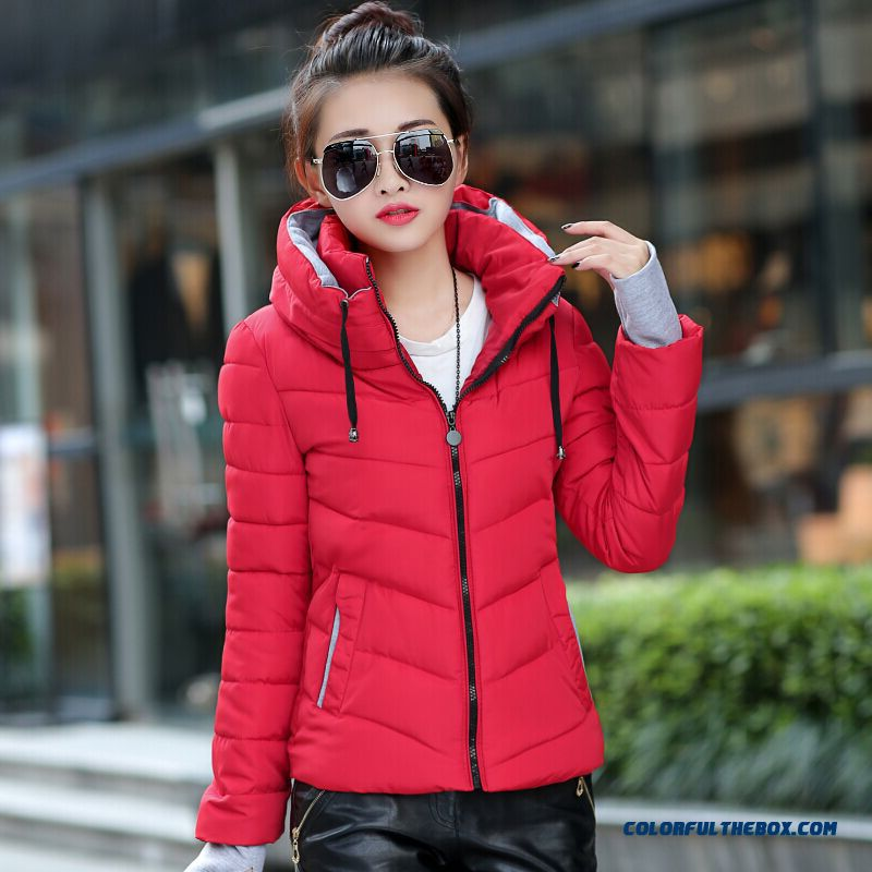 Latest New Female Hooded Coat Winter Female Red Green Large Short Fashion