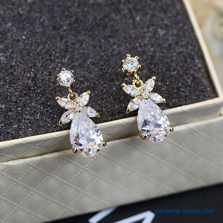 Manufacturers Direct High-grade Zircon Large Droplets Flowers Fashion Jewelry Women Ewrrings