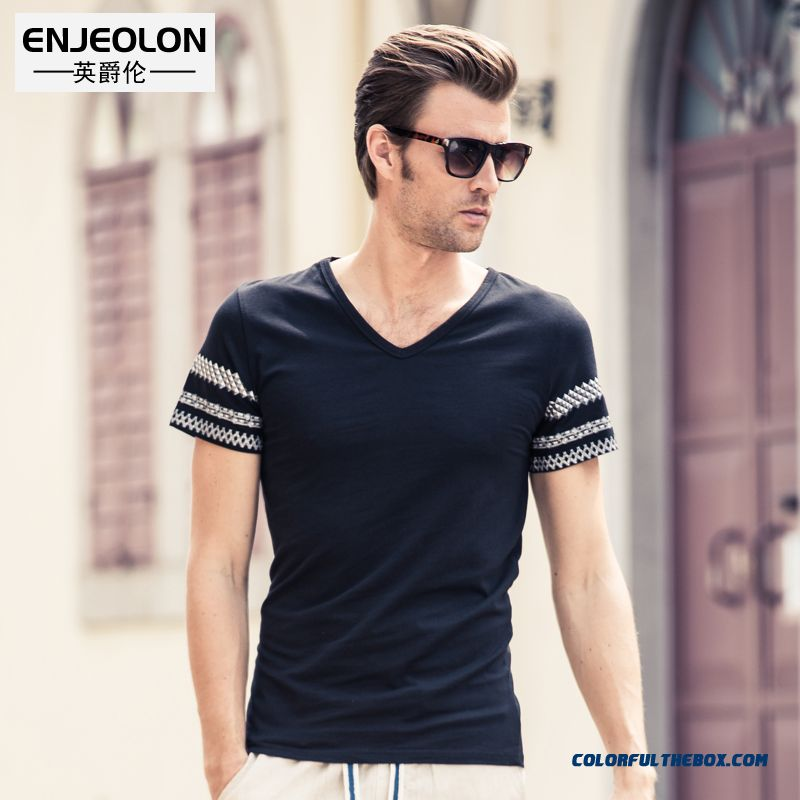 Men's V-neck Style Short-sleeved Tees Slim Tide Popular In Europe And America National Personality