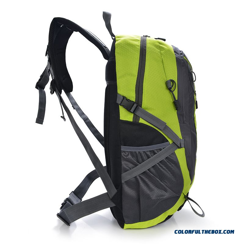 45672cd3ac60 ... New 2016 Elderly Men s Large-capacity Outdoor Backpack Shoulder Bag  Men s Travel Bag - more ...