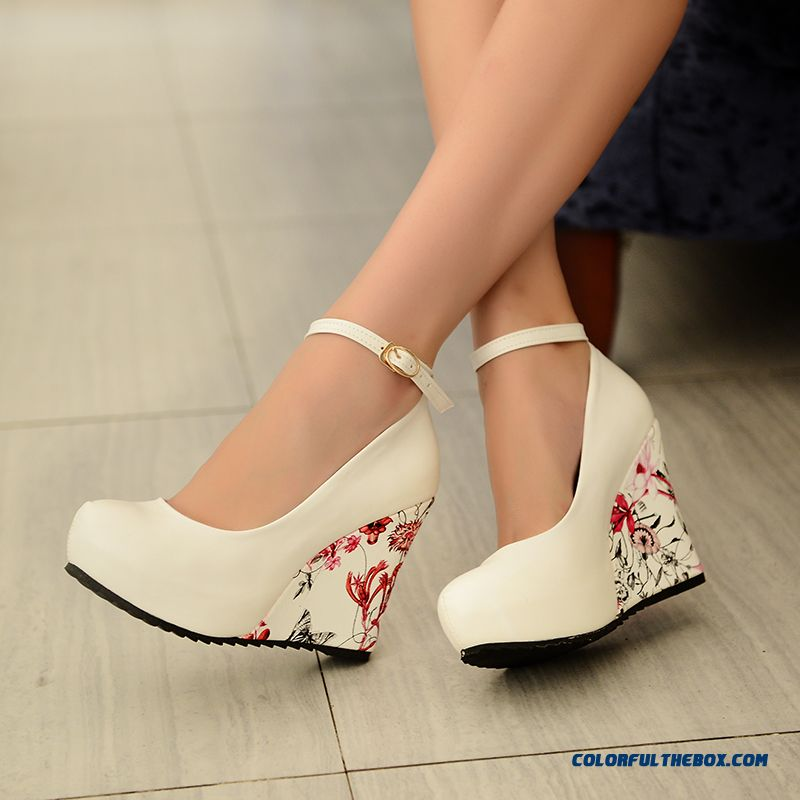 New Fashion Women Shoes Waterproof Bottom Wedge Heel Sweet Comfort Pumps