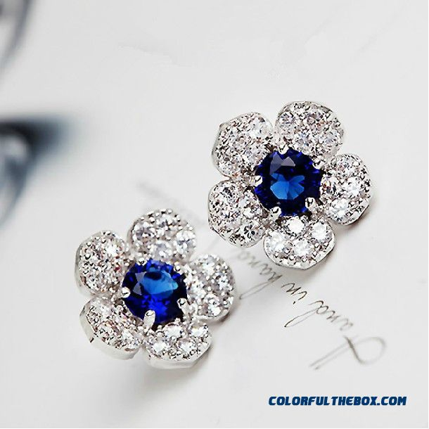 New Inlaid Crystal Diamond Flower Earrings Women Fashion Exquisite Earrings Jewelry