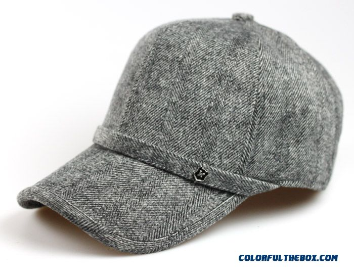 Newly Designed Specifically For Men's Baseball Cap With Ear Protection Functions Peaked Cap
