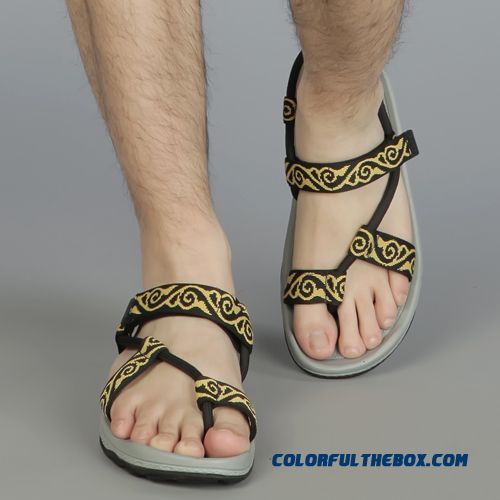 f4dab961bcc6 ... Outdoor Men Sandals Couple Beach Shoes Rome Simple And Stylish - more  images 4