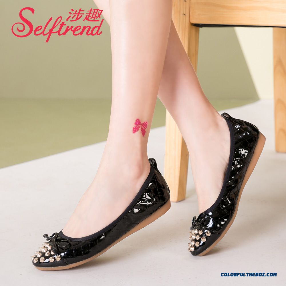 Patent Leather Bow-tie Decorative Rivet Flat Bottom Soft Bottom Women Shoes