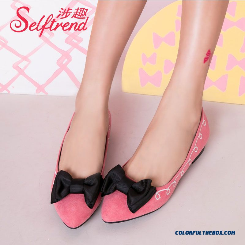 Retro Bow-tie Decorative Embroidered Suede Pointed Shallow Mouth Flats Women Shoes