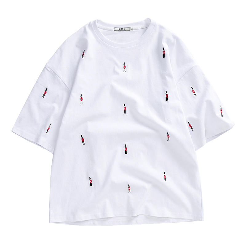 Short Sleeve Fresh Round Neck Men's White Summer Europe Loose Bottoming Shirt Trend Embroidered