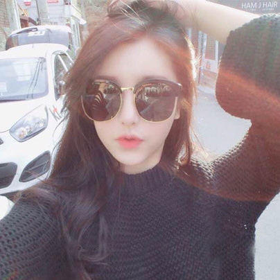 Star V Half Frame Sunglasses Vintage Round Face-lift Women Accessories