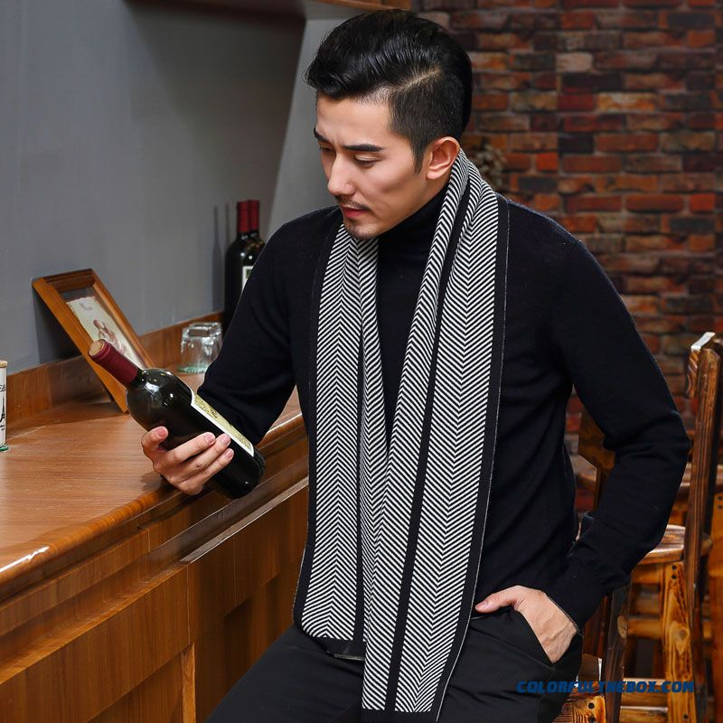 Upscale Boutique Men's 100% Wool Scarf Autumn & Winter Business Thickened Gift Box