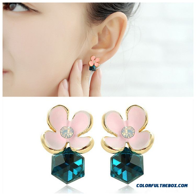 Wholesale Earrings Women Clover Flash Diamond Crystal Earrings Symmetric Flowers Earrings High-quality Ear Jewelry