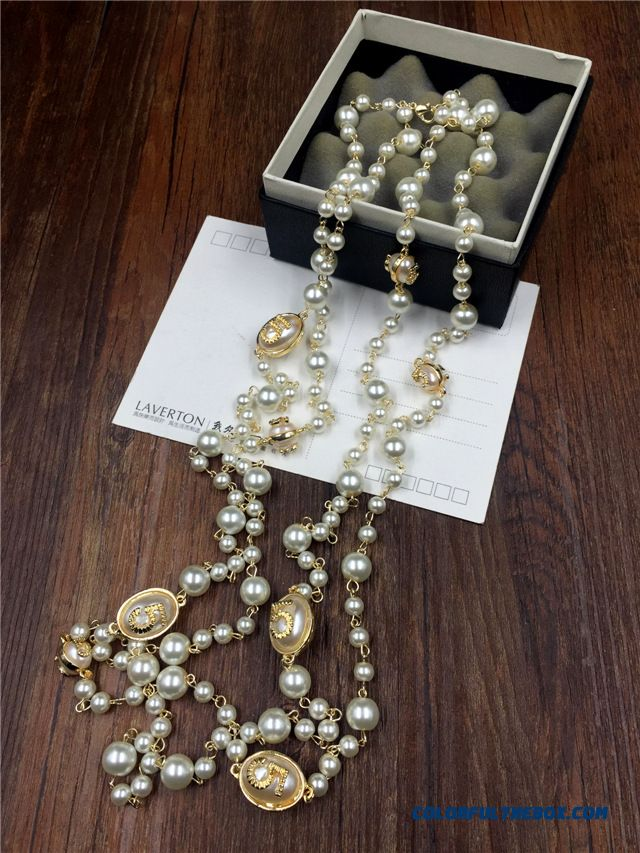 Women European And American Fine Jewelry New Winter Long Section Of The Letter Exaggerated Pearl Necklace - more images 4