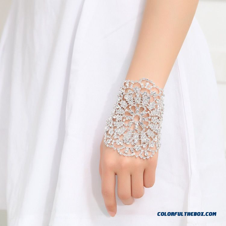 Women Fine Jewelry Treasure Bridal Bracelet Wedding Dress Photography Accessories Free Shipping