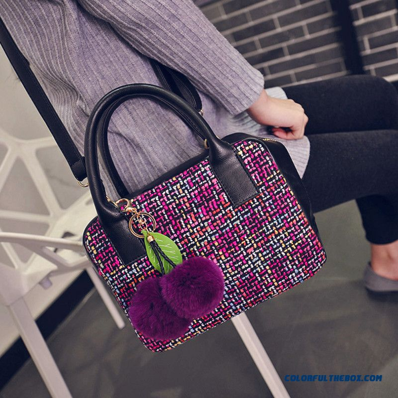 Women Woolen Bag Hairball Messenger Bags Dual Style Of Handbag And Shoulder Bags