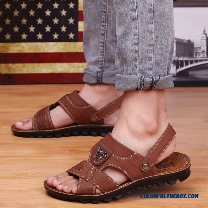 Young Men Summer Sandals Round-toe Leather Beach Shoes - more images 1